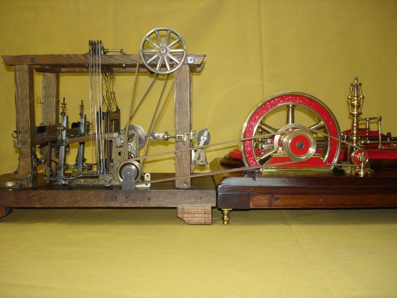 Modello di telaio tessile in legno originale fine'800-primi '900 Dsc00033