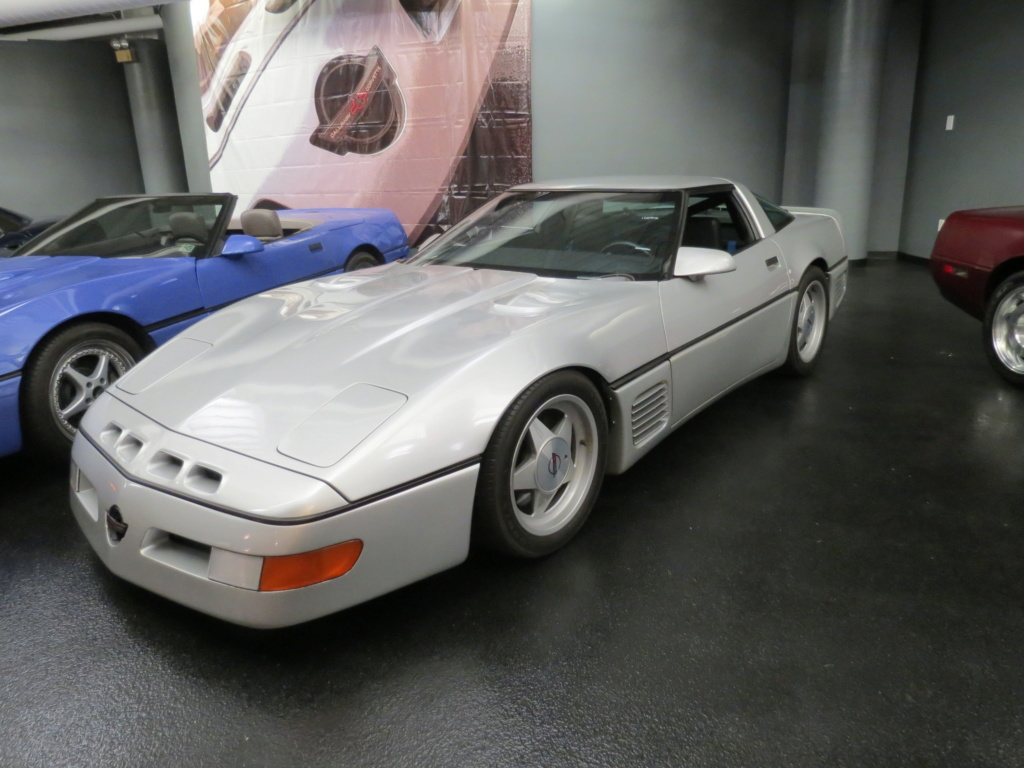 Corvette C4 (1984-1996)  Img_4011