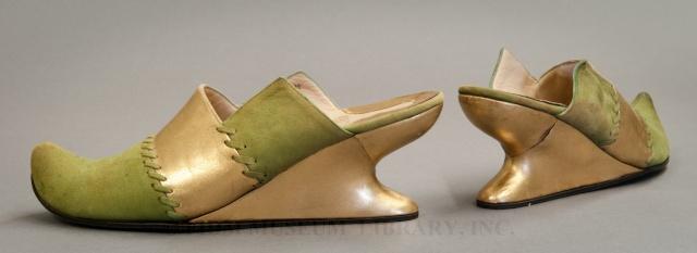 METIERS D'ART: bottier, styliste, formier, patronnier, piqueur, cordonnier, ... 1_1_1825