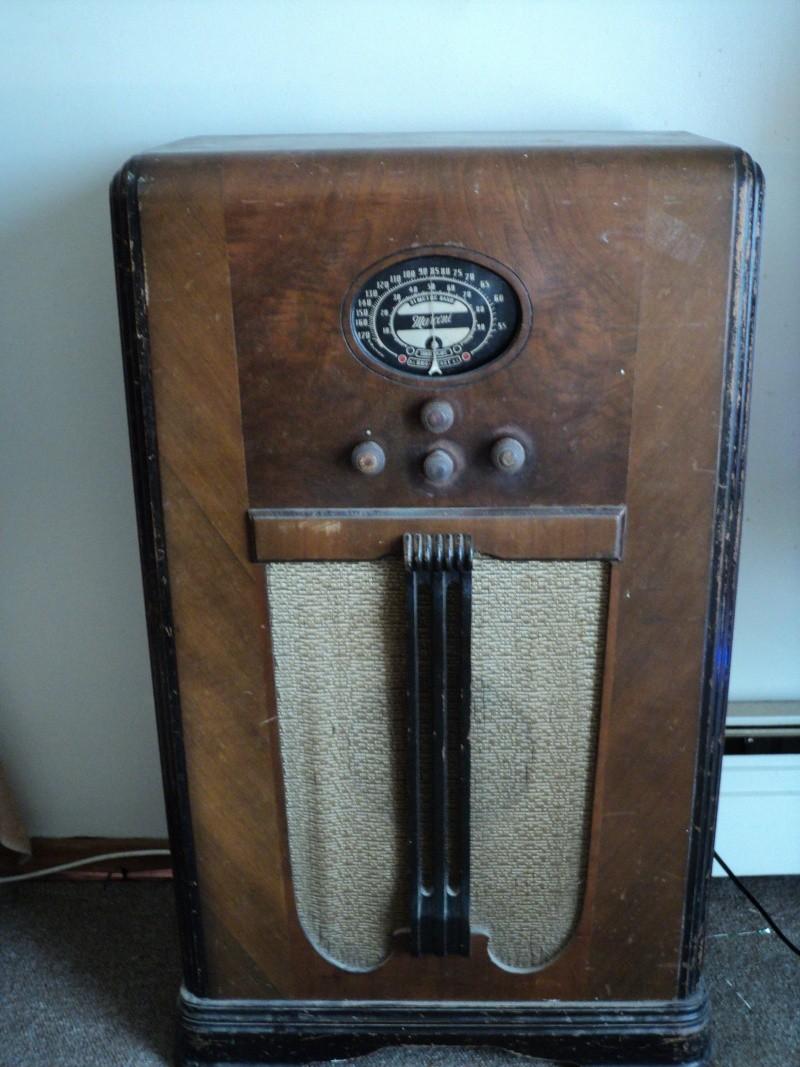 Marconi model 107 Dsc00016