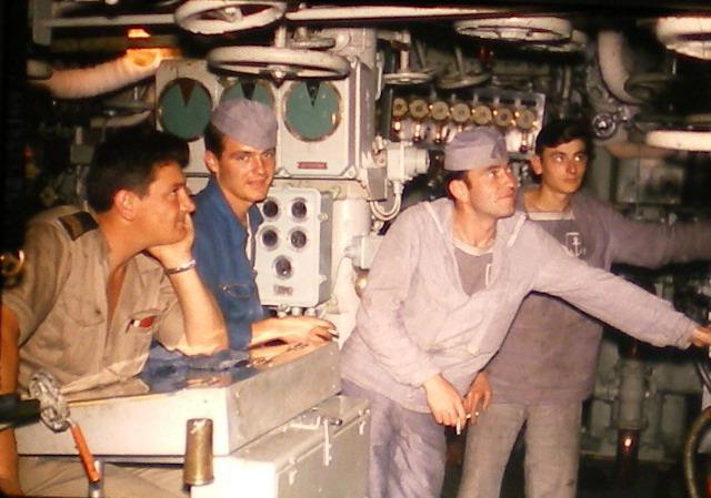 [Les traditions dans la Marine] Tenue dans la Marine- Tome 01 - Page 20 Chauff11
