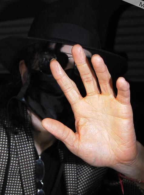 Las manos de Michael 008b10