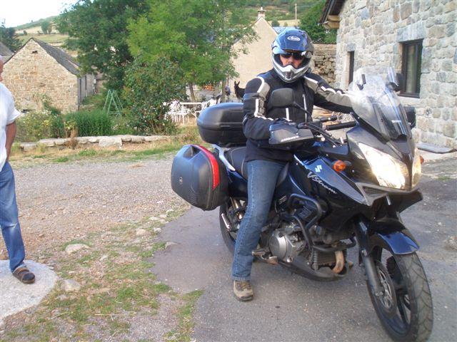 Vos plus belles photos de motos - Page 4 Cimg8410