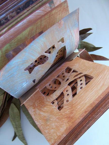 [Art] Livres objets-Livres d'artistes - Page 6 Austra10