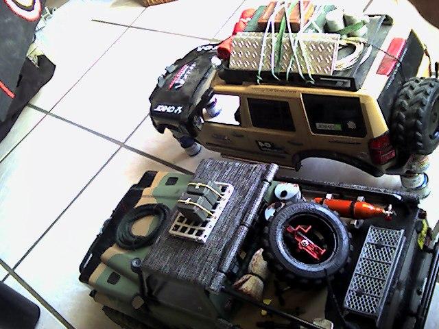 [ SCX10 Axial ] land rover G4  Def_9010