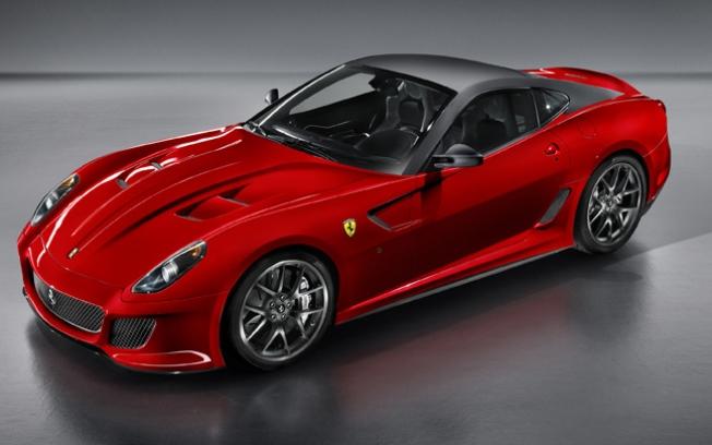 Ferrari 599 GTO - Avaliada em R$ 2.300.000,00, a Ferrari 599 GTO só poderá ser adquirida após análise do histórico do cliente Ferrar11