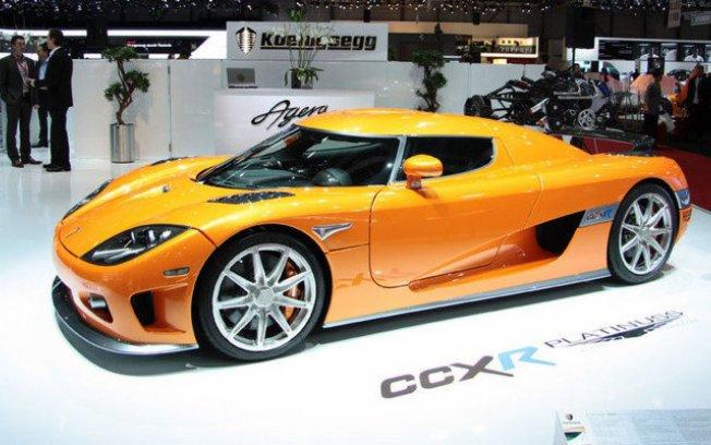 Importado pela Platinuss, o Koenigsegg CCXR E100 Platinuss Special custa R$ 6 milhões Koenig10