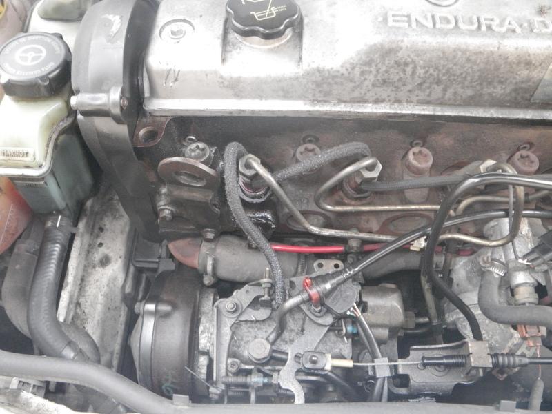 [ Ford Escort 1.8 TD an 2000 ] fuite gazoile injecteur (résolu) Moteur10