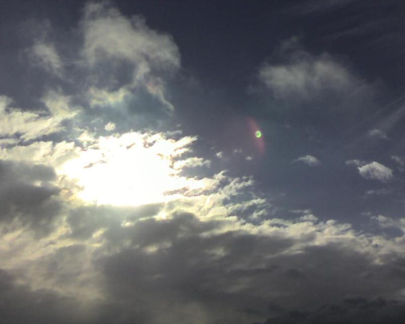 2010: le 17/12 à 13h - observation d'une boule de feu - Meuse  - Page 3 Num1-111