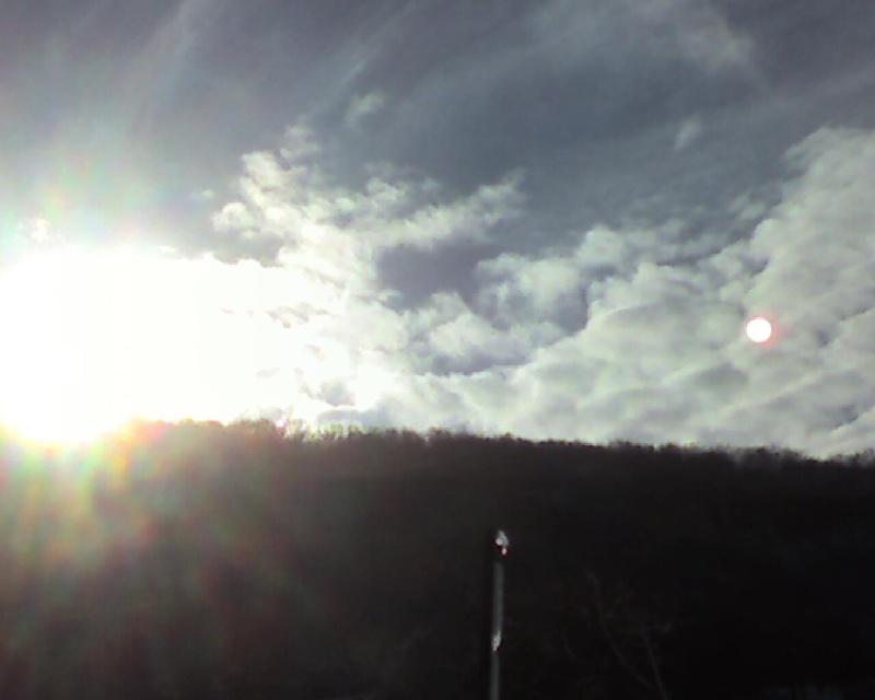 2010: le 17/12 à 13h - observation d'une boule de feu - Meuse  - Page 3 Num4-110
