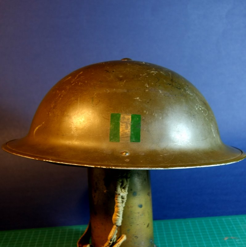 WW II Canadian Helmets - Page 2 Rcdche10