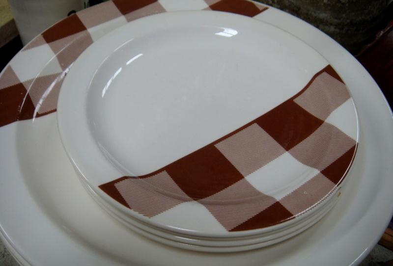 Brown checkers d 51800 Dsc04820