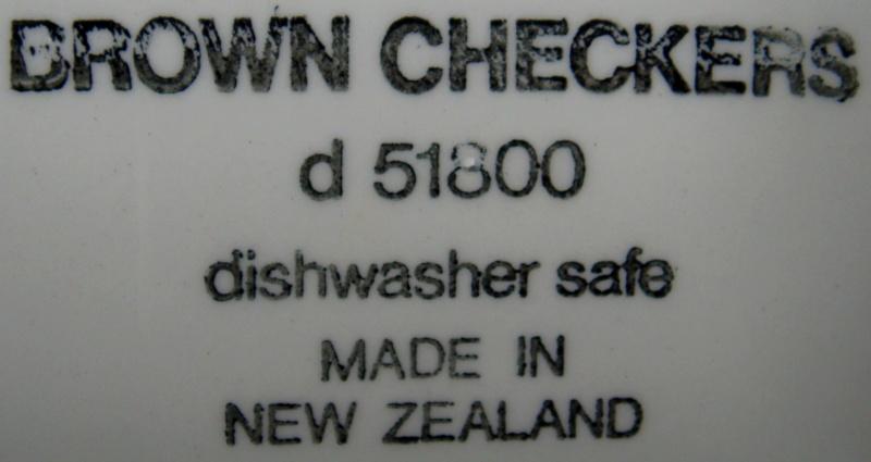 Brown checkers d 51800 Dsc04821