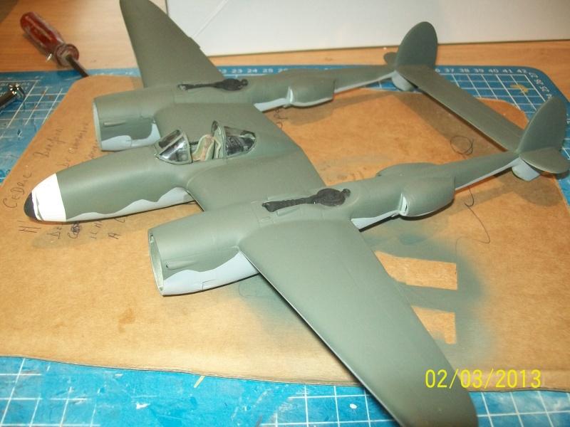 LOCKHEED P-38 Lightning  (MINICRAFT 1/48°) ( en cours de construction )  01410