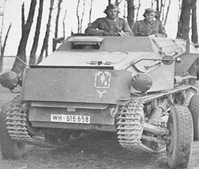Historique de la 7 Panzer Division. - Page 2 Sd_kfz10