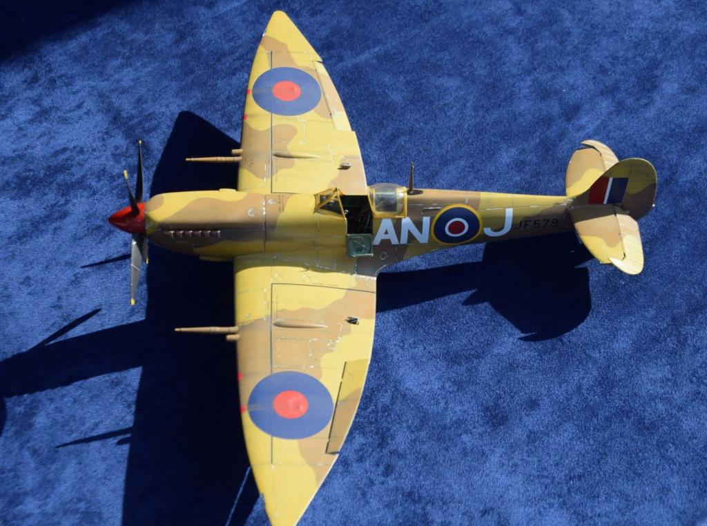 Spitfire MkVIII - Tamyia 1/32 Dsc_0340