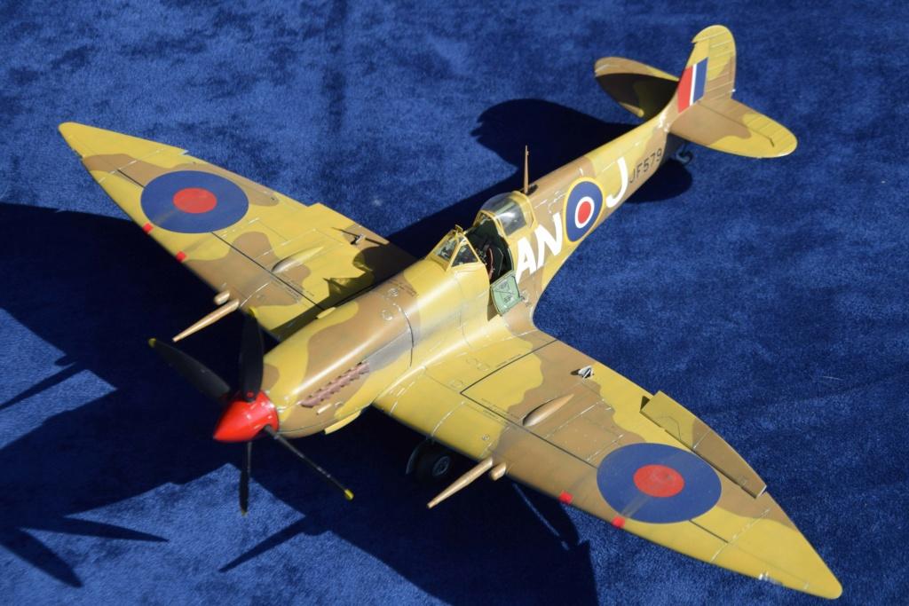 Spitfire MkVIII - Tamyia 1/32 Dsc_0341
