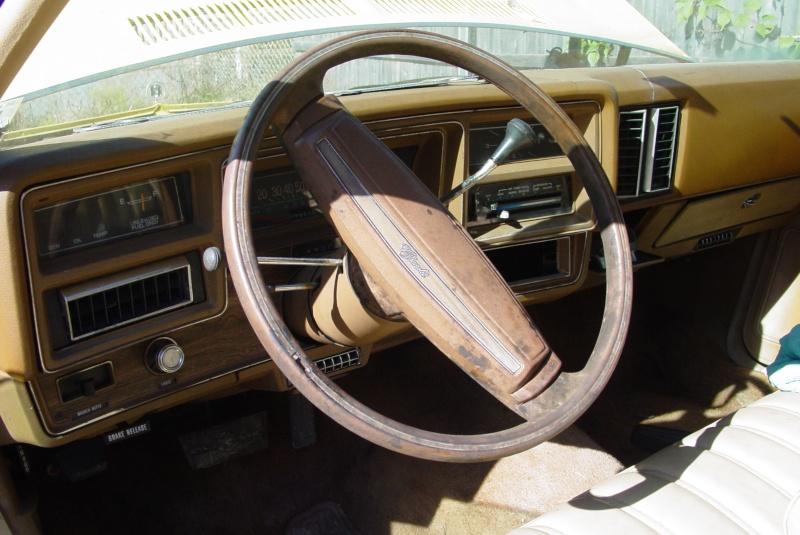 sticky steering wheel Dsc01210