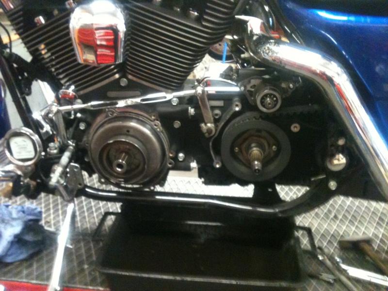 A qui est cette moto ? 2013-011