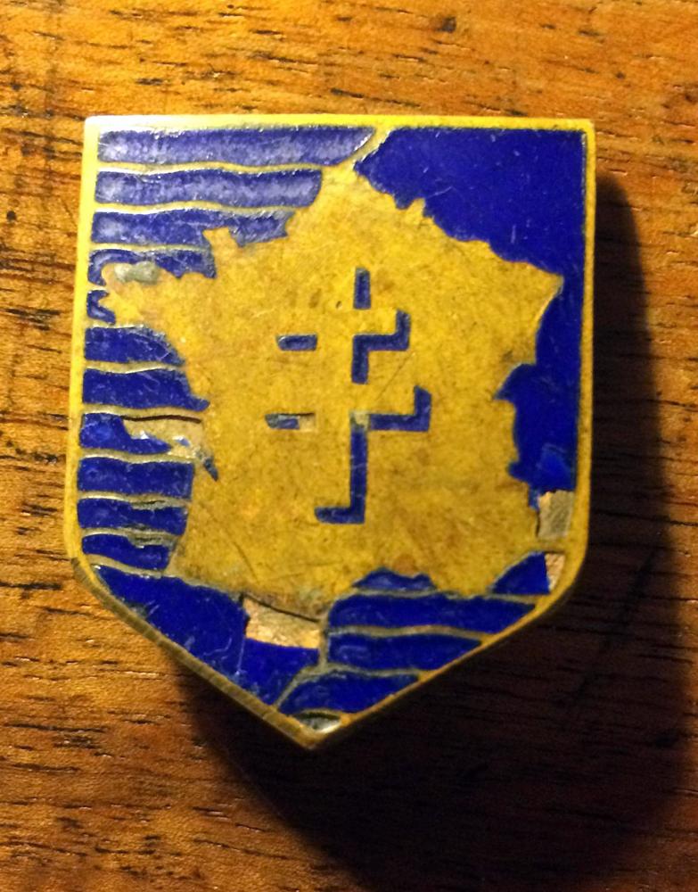 Lot d'insignes très sympa - PHILPENS - DEC 1 [A CLOTURER] 133