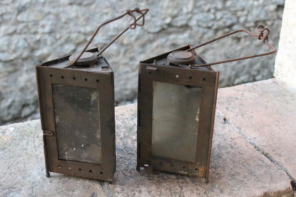 Lot de deux lampes Montjardet Img_8033