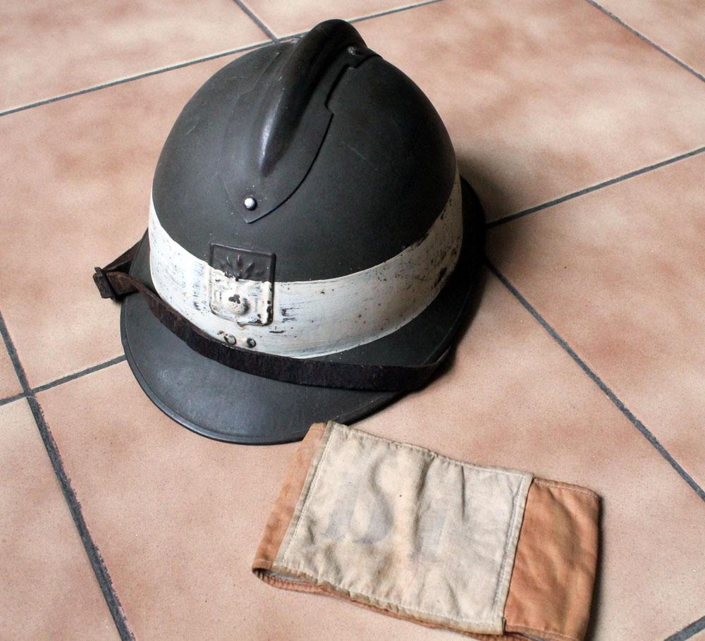 Très beau casque DP grande taille avec brassard (trouvés ensemble) ESC - MAI 2 [A CLOTURER] Img_9135