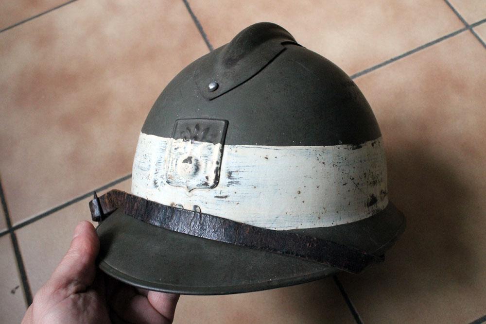 Très beau casque DP grande taille avec brassard (trouvés ensemble) ESC - MAI 2 [A CLOTURER] Img_9143