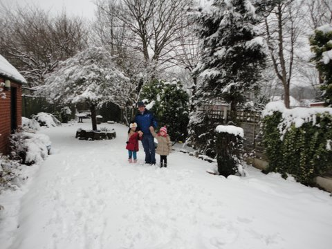 McQueen and Lexie and Lillie in the snow. Dsc00420