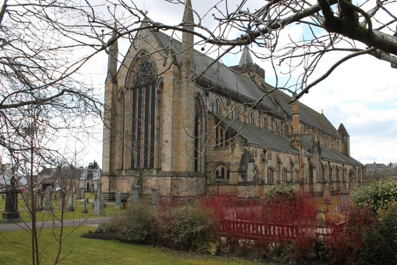 Dunblane Cathedral. Dunbla10