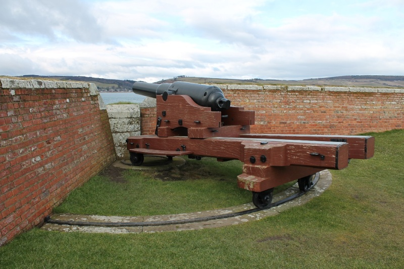 Fort George at Ardersier point near Inverness. Fg210