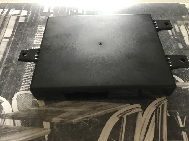 ( clôturé) Donne faisceau attelage +Boîtier Bluetooth  63f55a10