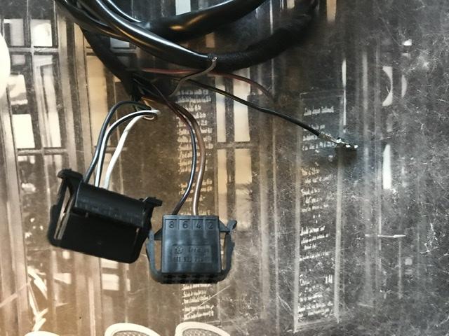 ( clôturé) Donne faisceau attelage +Boîtier Bluetooth  6b8fc410