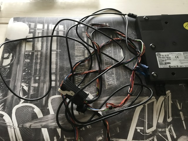 ( clôturé) Donne faisceau attelage +Boîtier Bluetooth  D026b610