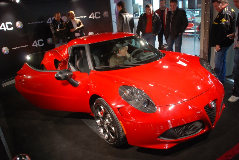 ALFA 4C LAUNCH EDITION Alfa_412