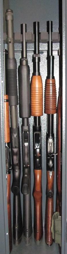 Mossberg 590A1 VS Remington 870 ? - Page 2 Armoir10
