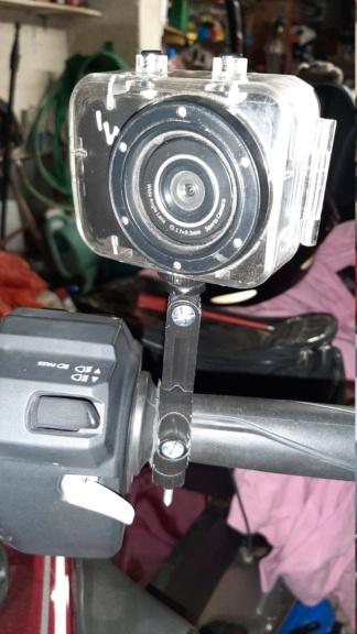 Pince support caméra sport  20200110
