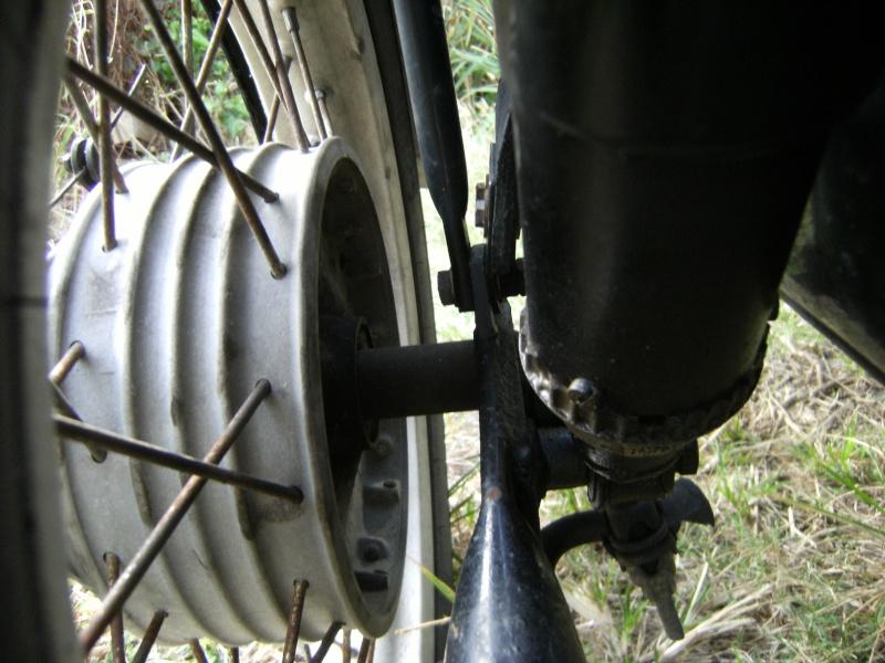 roue side et pieces pas bon Dscf1816