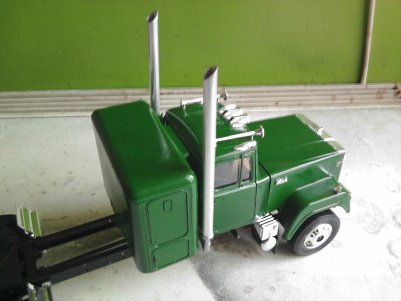 Revel Mack Super-Liner 1:24 Foto0211