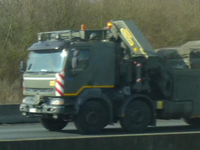 Véhicule de l'armée belge - Page 2 Papy_244