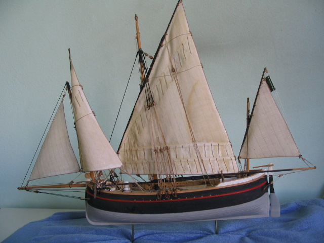 gozzo - modelli dal libro Vele della costa occidentale  ENRICO PILANI 100_0017