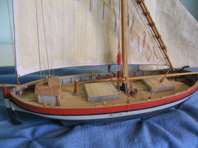 gozzo - modelli dal libro Vele della costa occidentale  ENRICO PILANI 100_0022