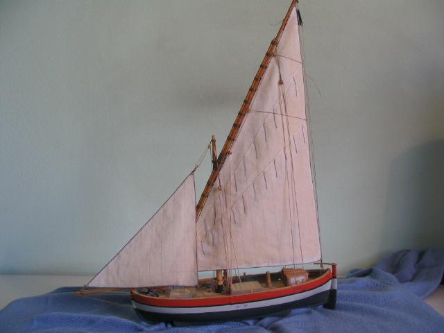 gozzo - modelli dal libro Vele della costa occidentale  ENRICO PILANI 100_0023