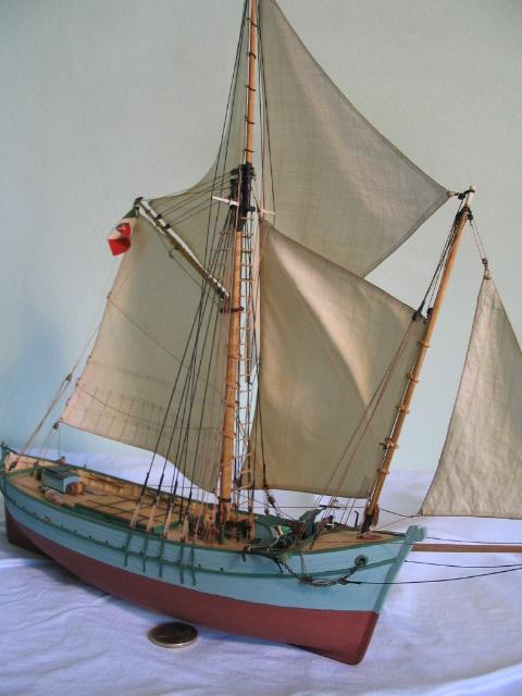 gozzo - modelli dal libro Vele della costa occidentale  ENRICO PILANI - Pagina 6 100_0040