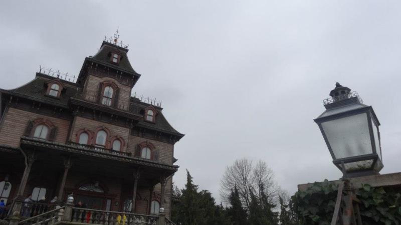 10 belges lâchés à Disneyland ! 40481410