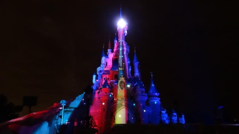 10 belges lâchés à Disneyland ! - Page 2 Dsc01411