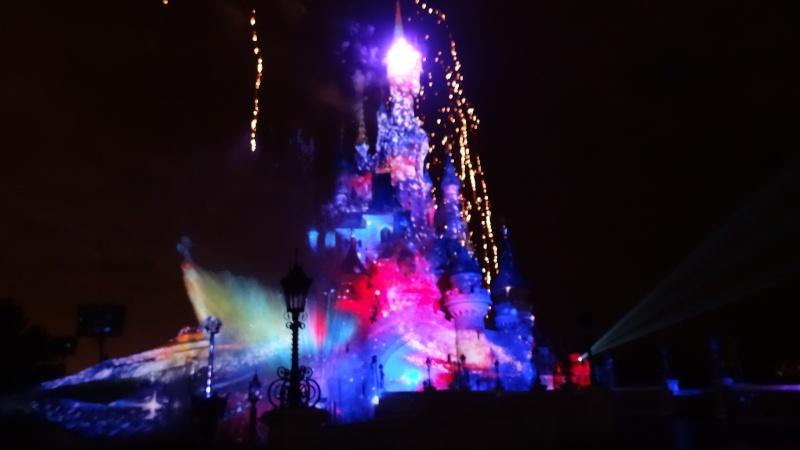 10 belges lâchés à Disneyland ! - Page 2 Dsc01412