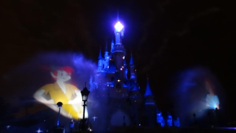 10 belges lâchés à Disneyland ! - Page 2 Dsc01413