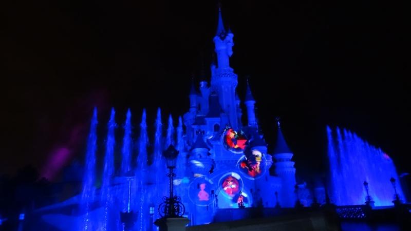 10 belges lâchés à Disneyland ! - Page 2 Dsc01417