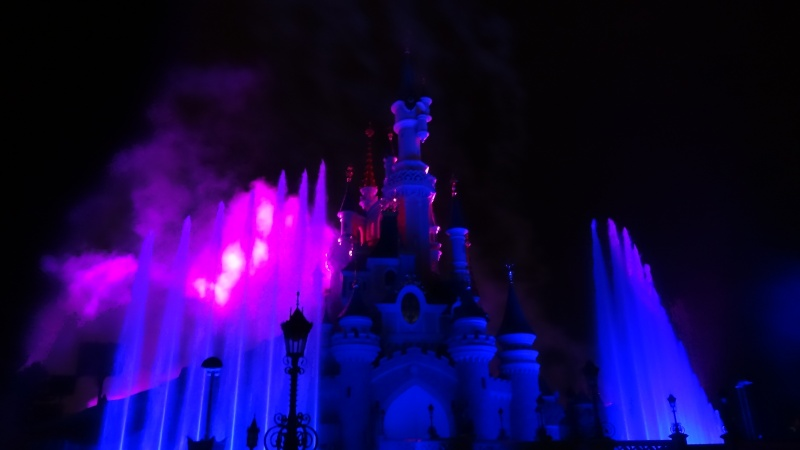 10 belges lâchés à Disneyland ! - Page 2 Dsc01423