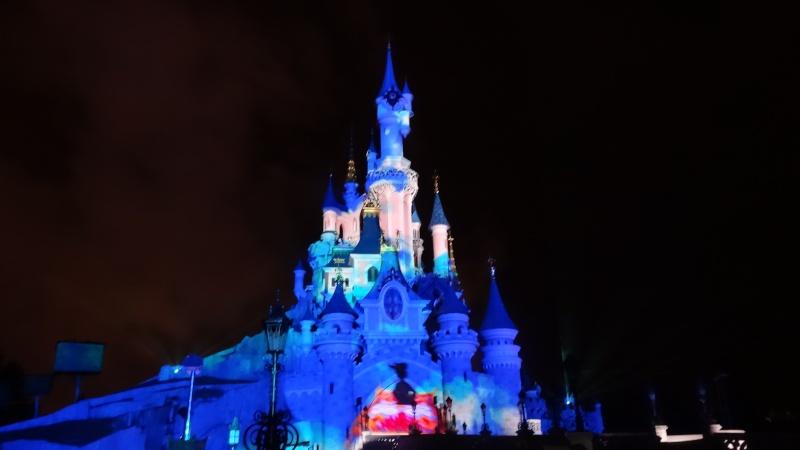 10 belges lâchés à Disneyland ! - Page 2 Dsc01425